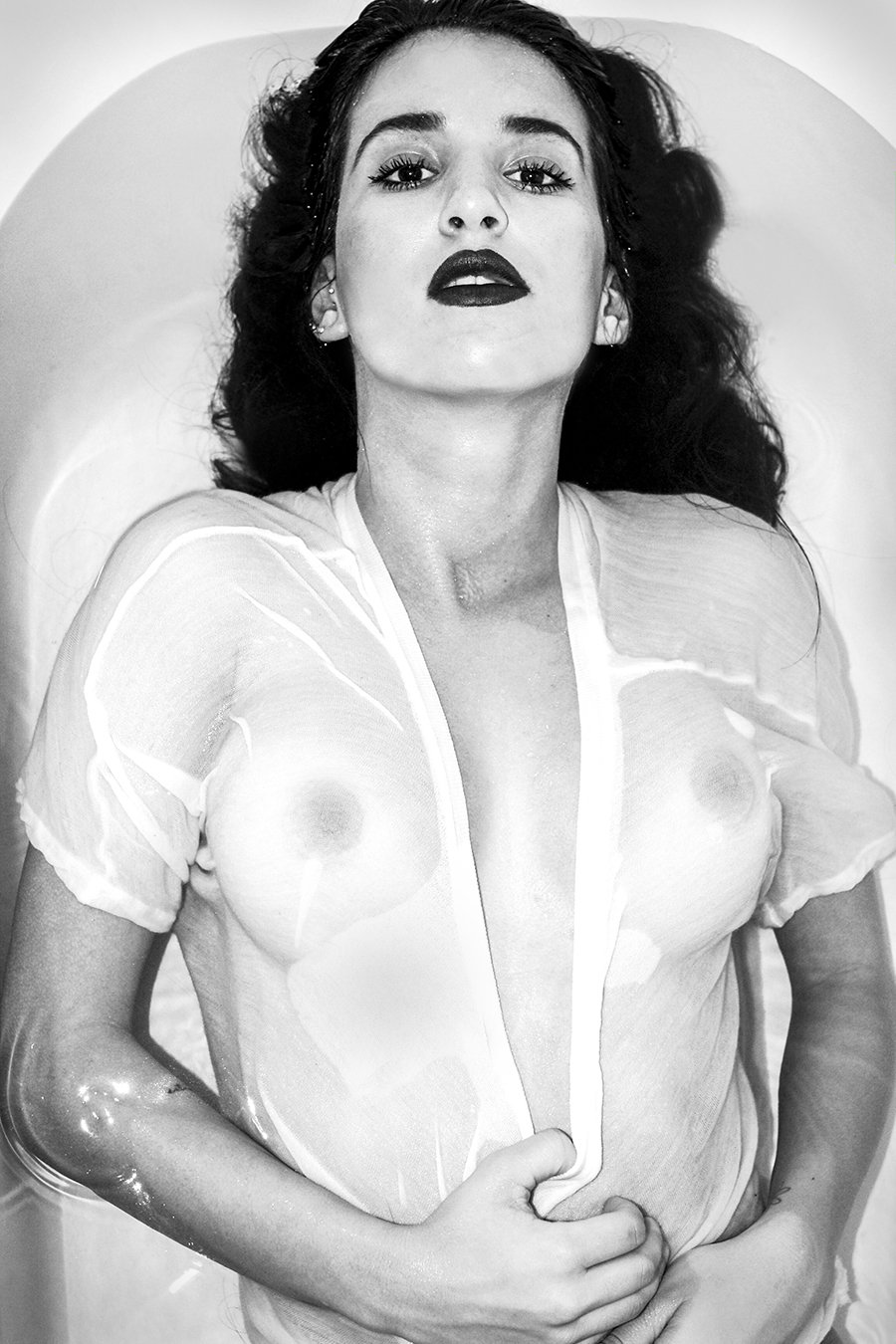 Masoma_Imasogie_erotic_photography_Tony_Ward_studio_women_bathing_lavender_bath_natural_breasts