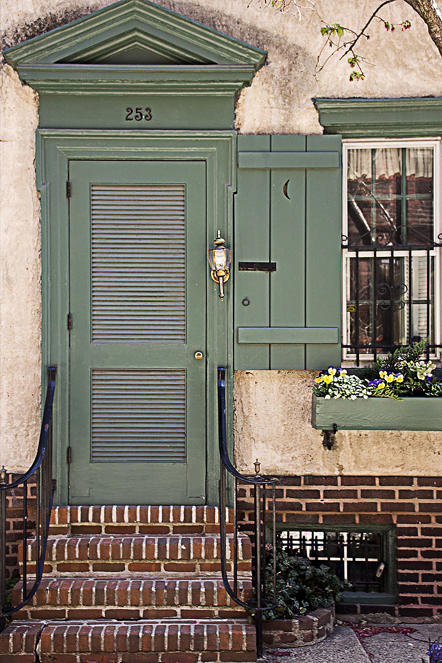 Carmen_Garcia_Gallego_Photography_Door_Green_Pastel_Two