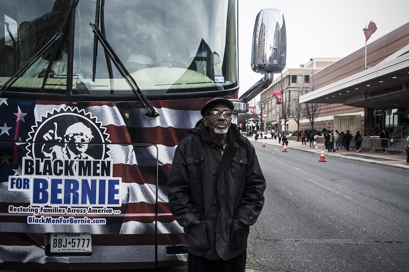 Leniqueca_Welcome_Bernie_Sanders_Rally_Blackmen_ Supporters_Elections2016_Presedential_Philadelphia