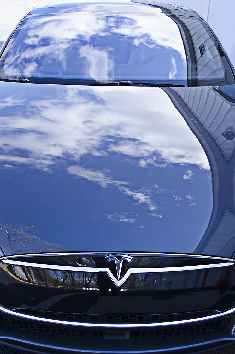 Colby_Hastings_photography_Tesla_motors_energy_saving_vehichle