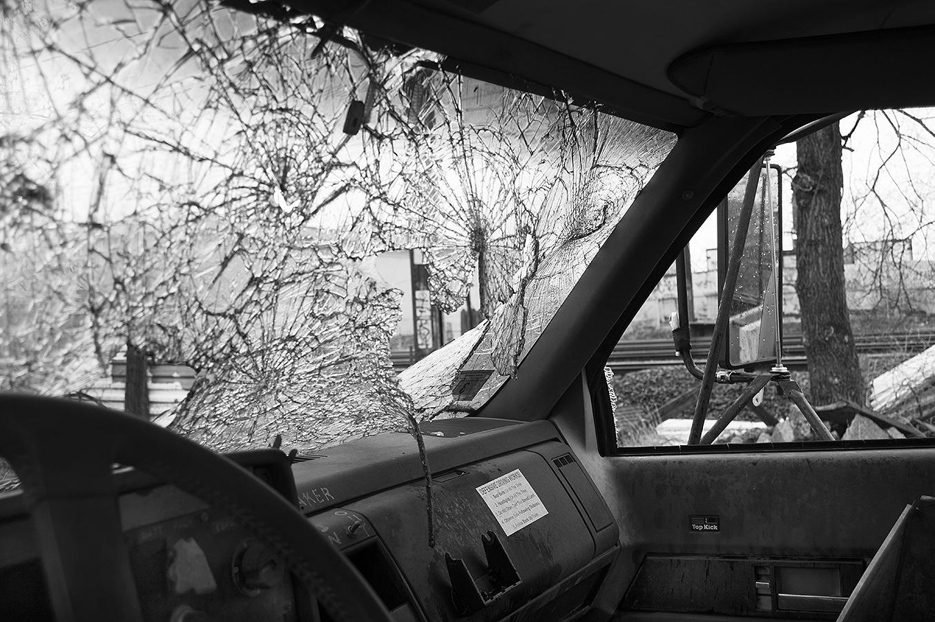 Jasmin_Smoots_Photography_2016_Junk_Yard_Broken_Window_smashed_destroyed_broken