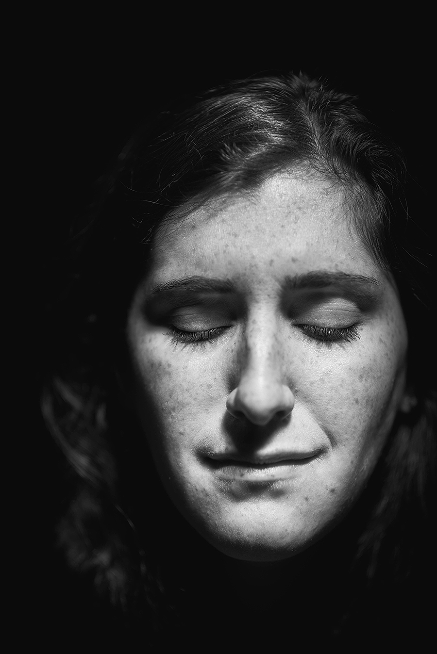 Abbie_sadness_photography_model_photo_emotion_portrait_headshot_kaleb_germinaro