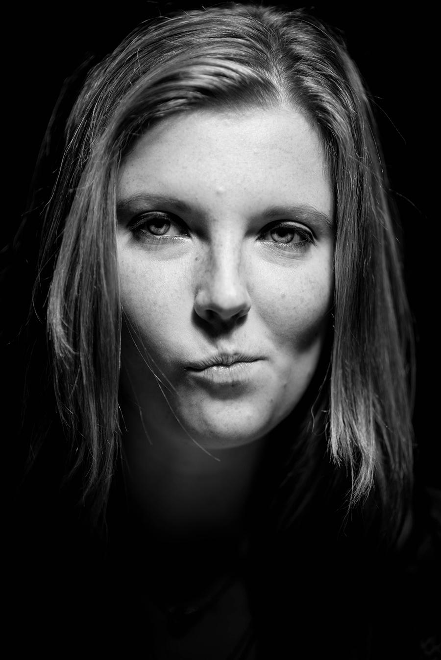 Hanna_A1_Despair_photography_model_photo_emotion_portrait_headshot_kaleb_germinaro.jpg