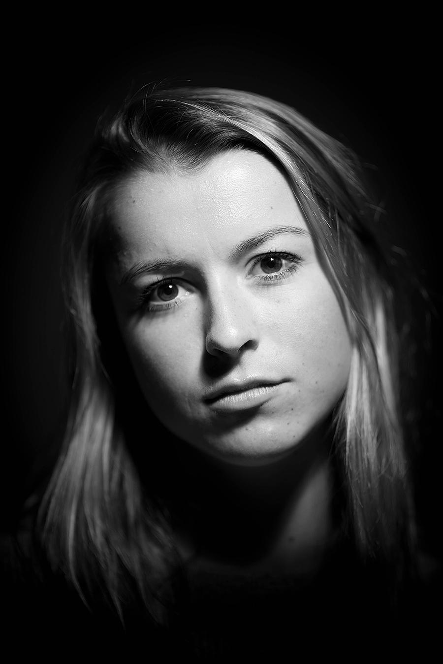 Megan_A1_Despair_photography_model_photo_emotion_portrait_headshot_kaleb_germinaro.jpg