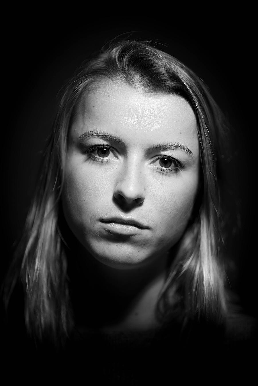 Megan_A1_Sadness_photography_model_photo_emotion_portrait_headshot_kaleb_germinaro.jpg