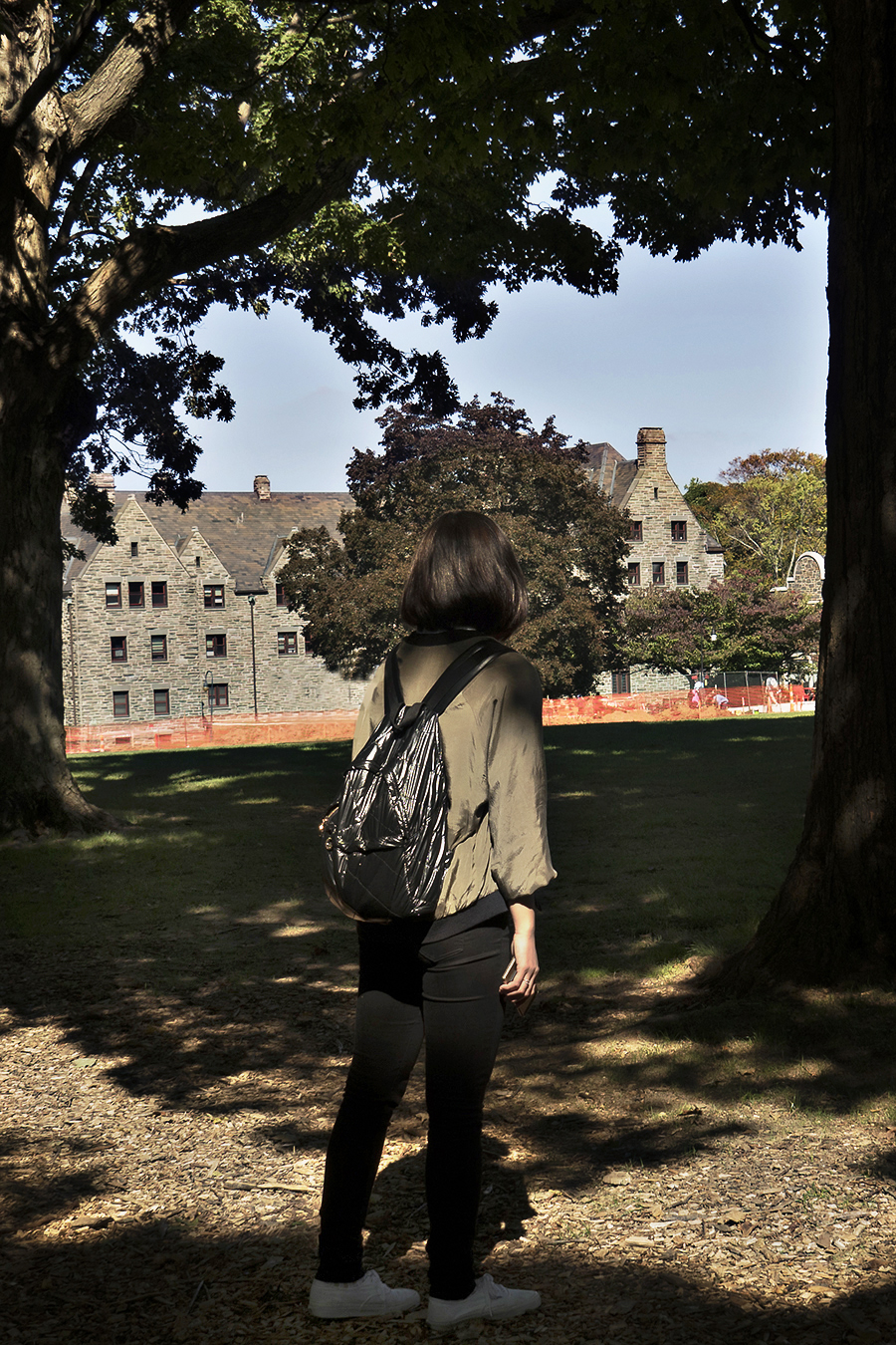 Xuan_Huang_photograpgy_portraits_model_Diana_Feng_BrynMawrCollege_Trees_shadow