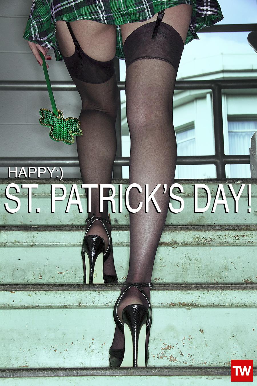 Tony_Ward_Studio_st_Patrick's_day_happy_legs_lingerie_green_sexy_outfits_shamarocks