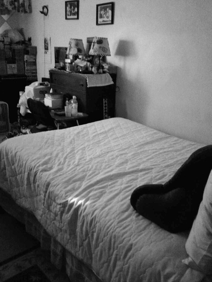A.H.Scott_Angel_light_bedroom_