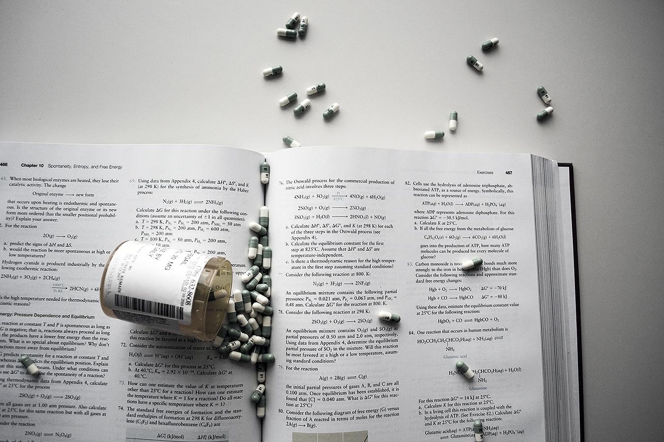 Alexis_Masino_photography_drugs_coffee_habits_addiction_UPenn_student_addictions_prozac