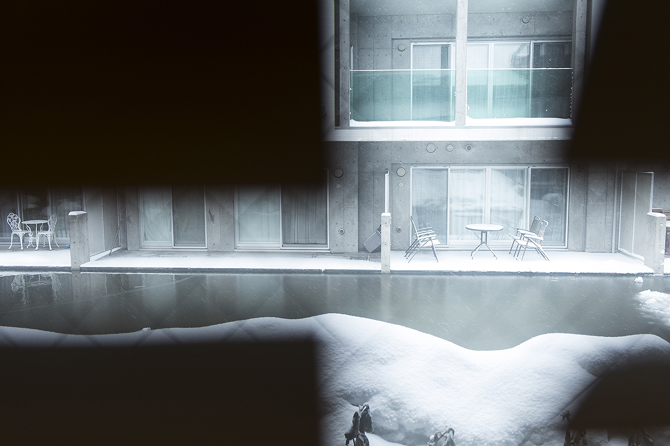 Rongrong Liu_snow_scene_absgraction_Tony_Ward_Studio