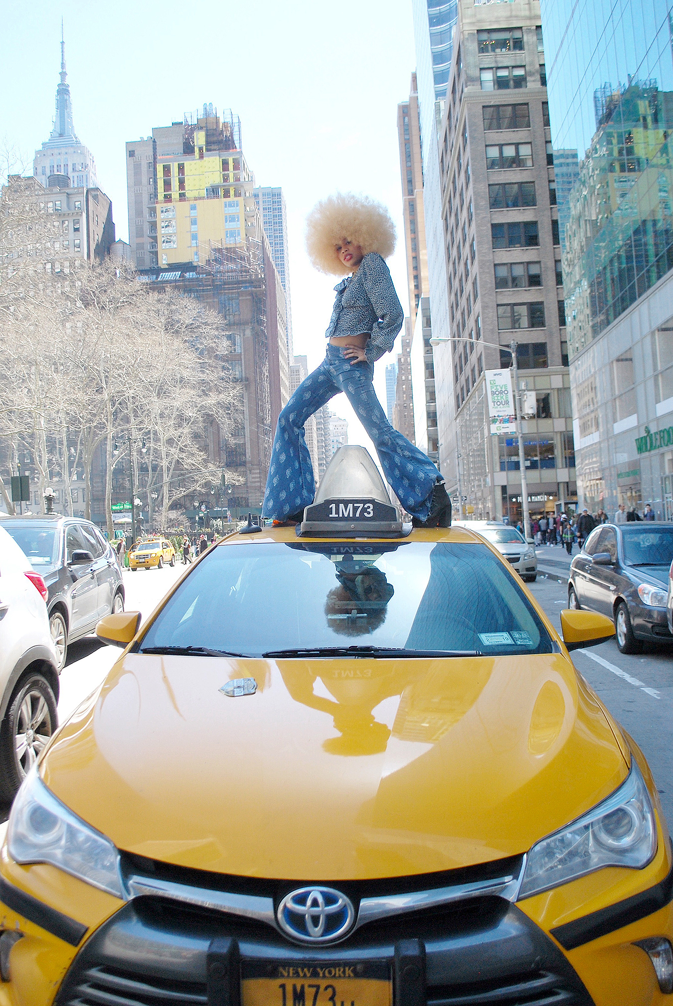 Carrie_M_street_fashion_photography_NYC_2018_Tony_Ward_Studio_fashion_afro_taxi