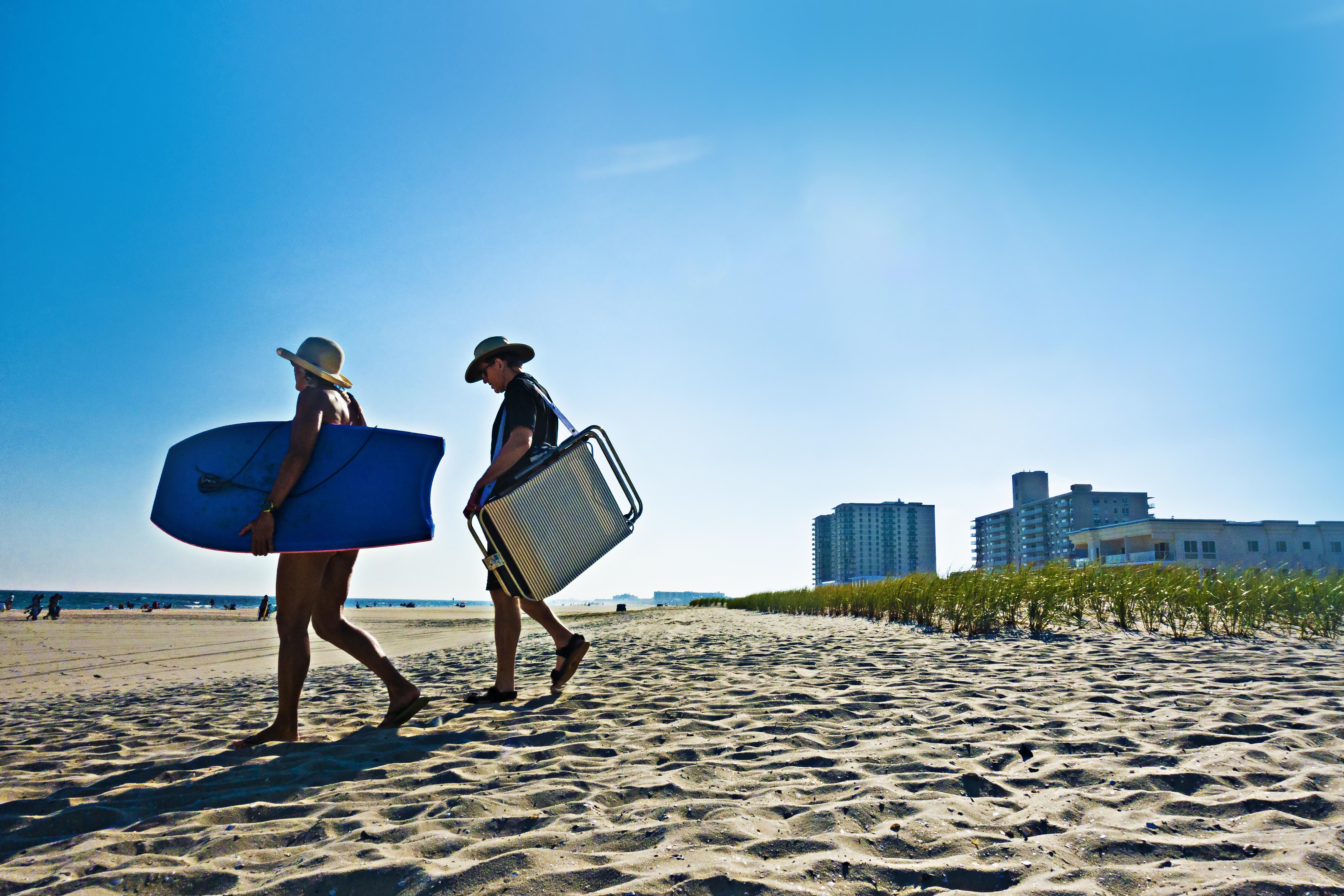 Tony_Ward_Studio_Margate_Beach_New_Jersey_bathers_surfboard_summer_shore
