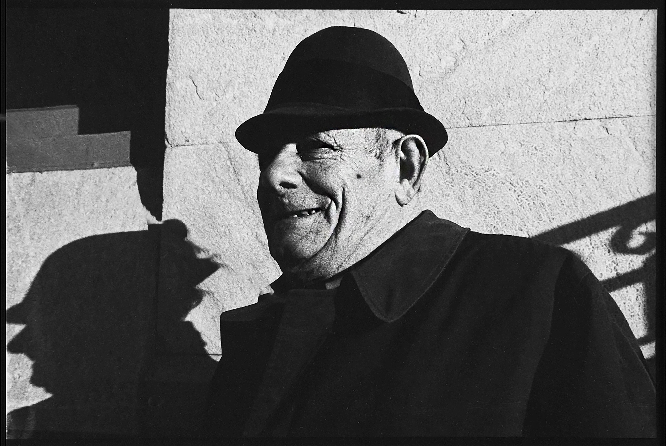 Tony_Ward_Studio_early_work_old_man_with_hat_and_shadow_film_photography_1977