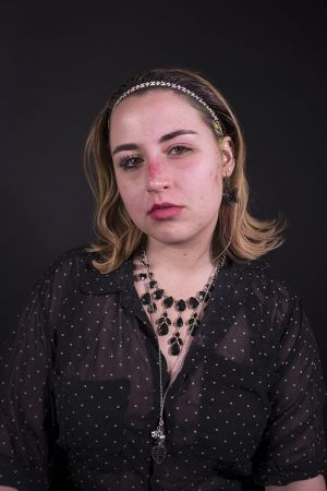 Kelly_Ha_Photography_Upenn_Penn_faces_front_face_Portraiture_portrait_makeup_young_womenkatie_eyes_closed_necklace_jewelry_katie_face_makeup_side_lipstick_katie_frontfacing.jpg